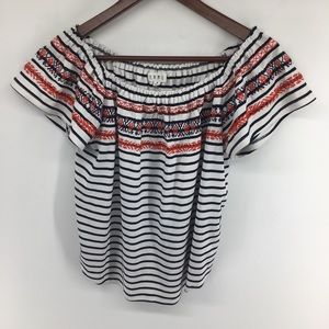 THLM Embroidered Top